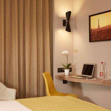 Room-Classique-hotel-Auteuil-Tour Eiffel-paris