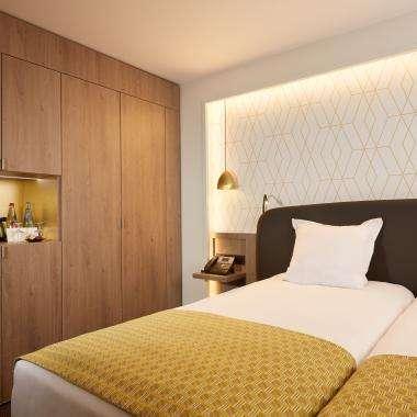 Room-hotel-Auteuil-Tour Eiffel-paris